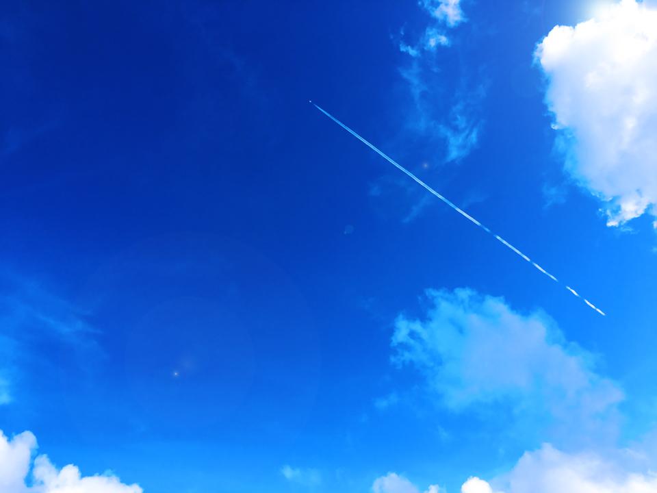 沖縄の青い空