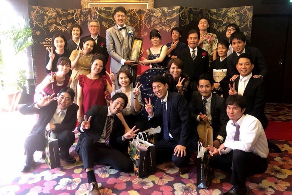 【画像】結婚式での記念撮影