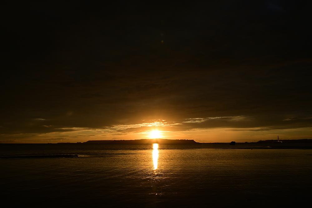 【画像】2021年8月19日の沖縄の朝日