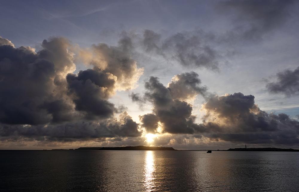 【画像】2021年8月24日の沖縄の朝日