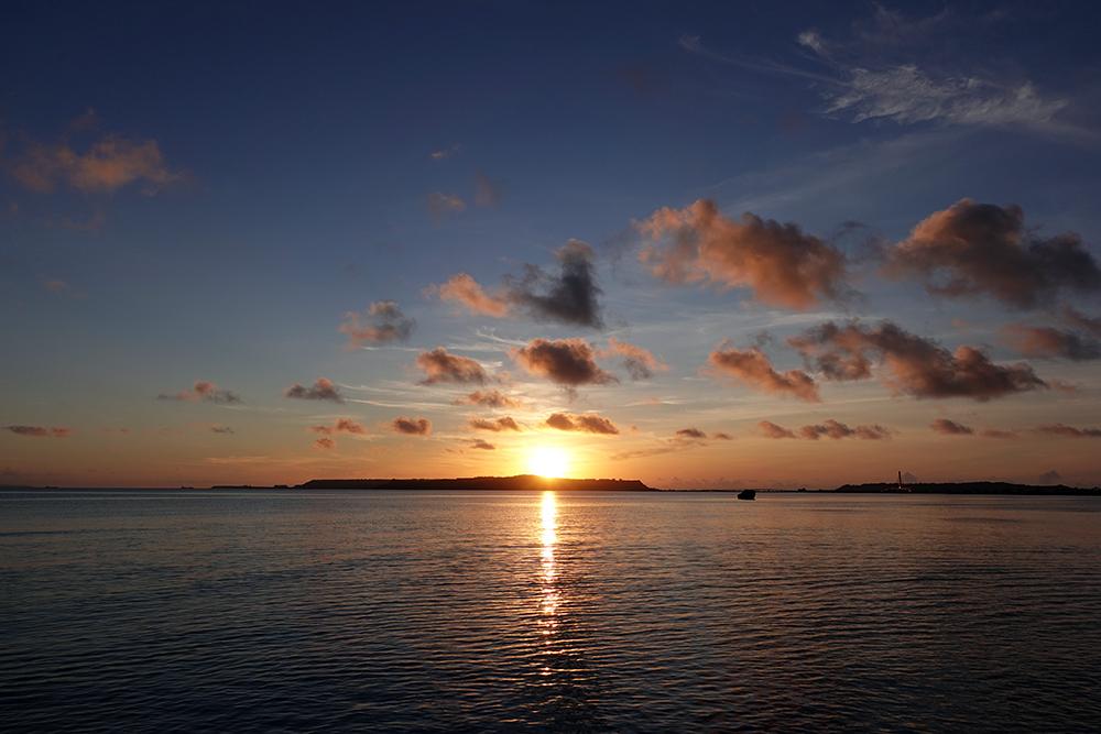 【画像】2021年8月25日の沖縄の朝日