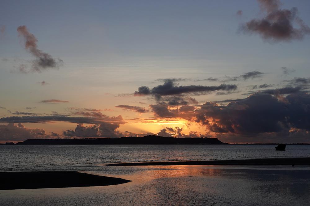 【画像】2021年8月27日の沖縄の日の出前