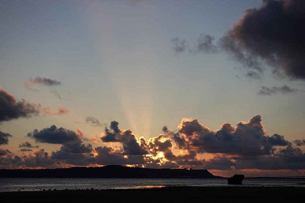 【画像】2021年8月28日の沖縄の朝焼け