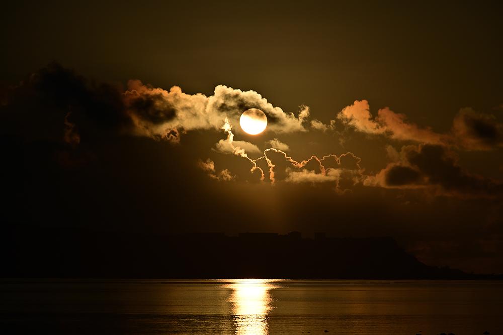 【画像】2021年9月2日の沖縄の朝日