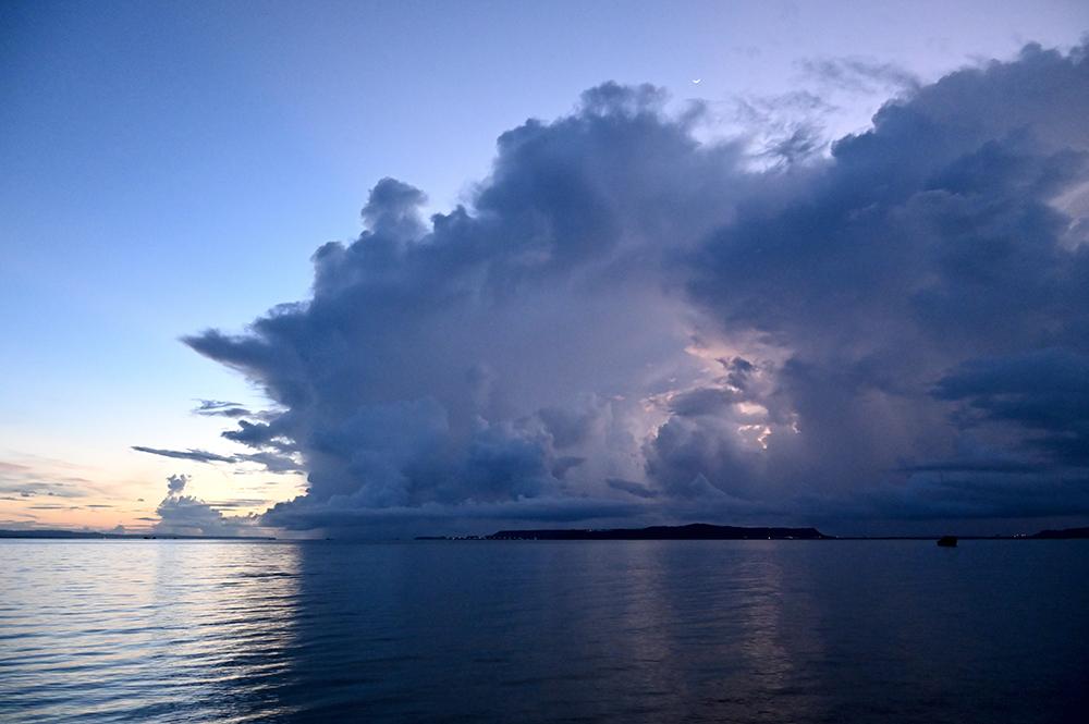 【画像】2021年9月4日の沖縄の曇り空