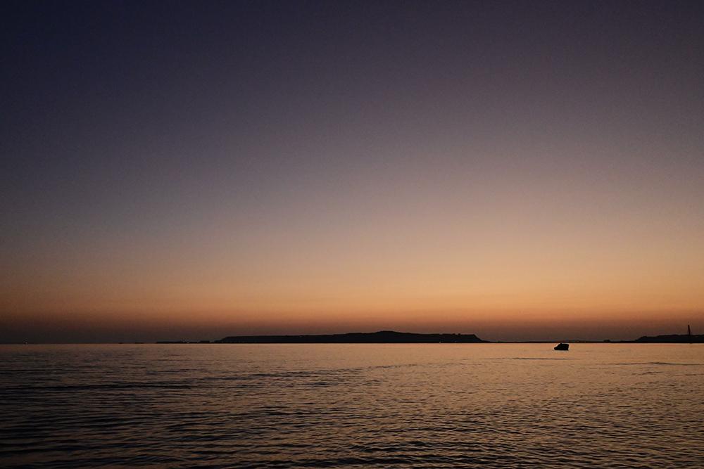 【画像】2021年9月21日の沖縄の夜明け前