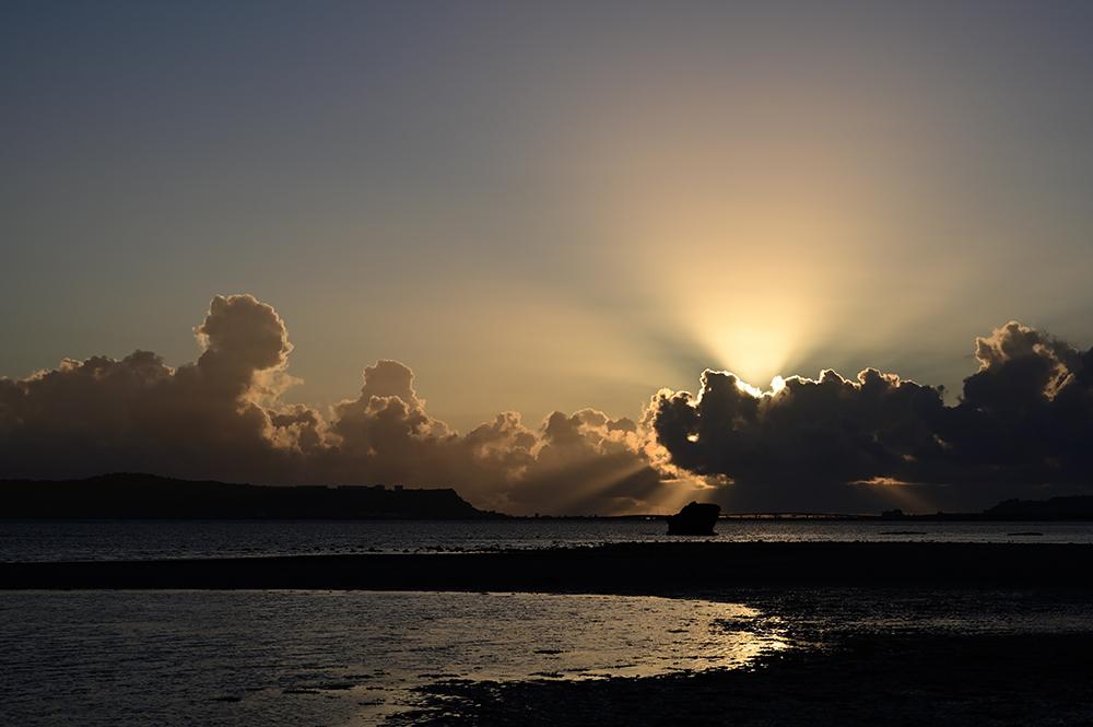 【画像】2021年9月27日の沖縄の日の出