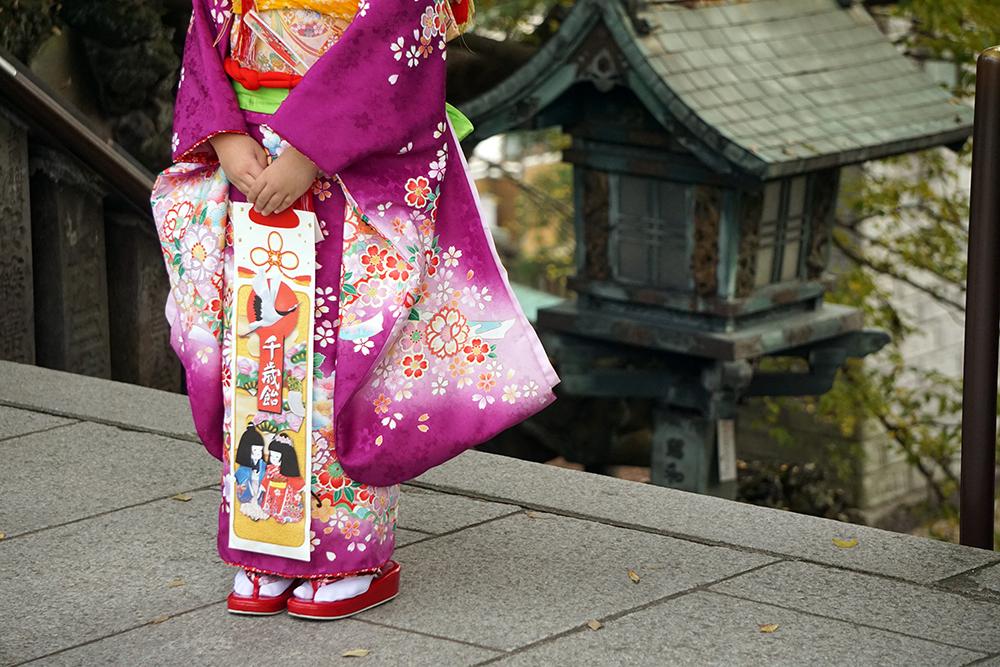 【画像】千歳飴を持つ女の子