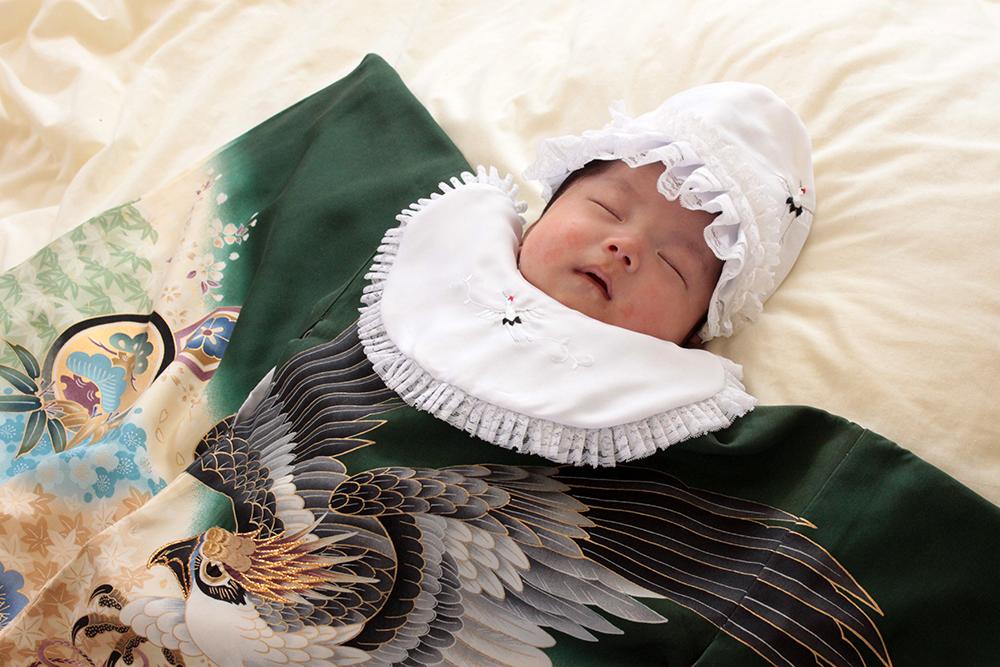 【画像】赤ちゃんのお宮参りの衣装