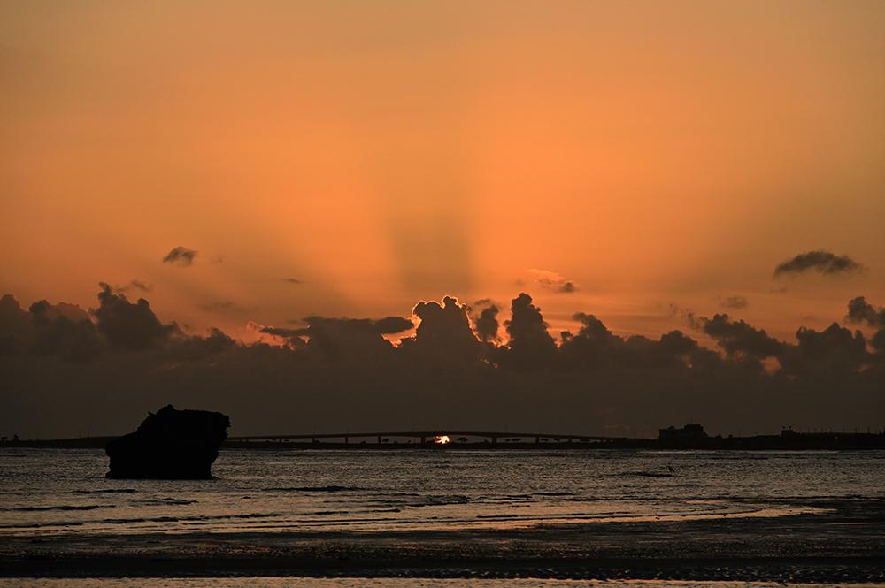 【画像】2021年10月2日の沖縄の朝焼け