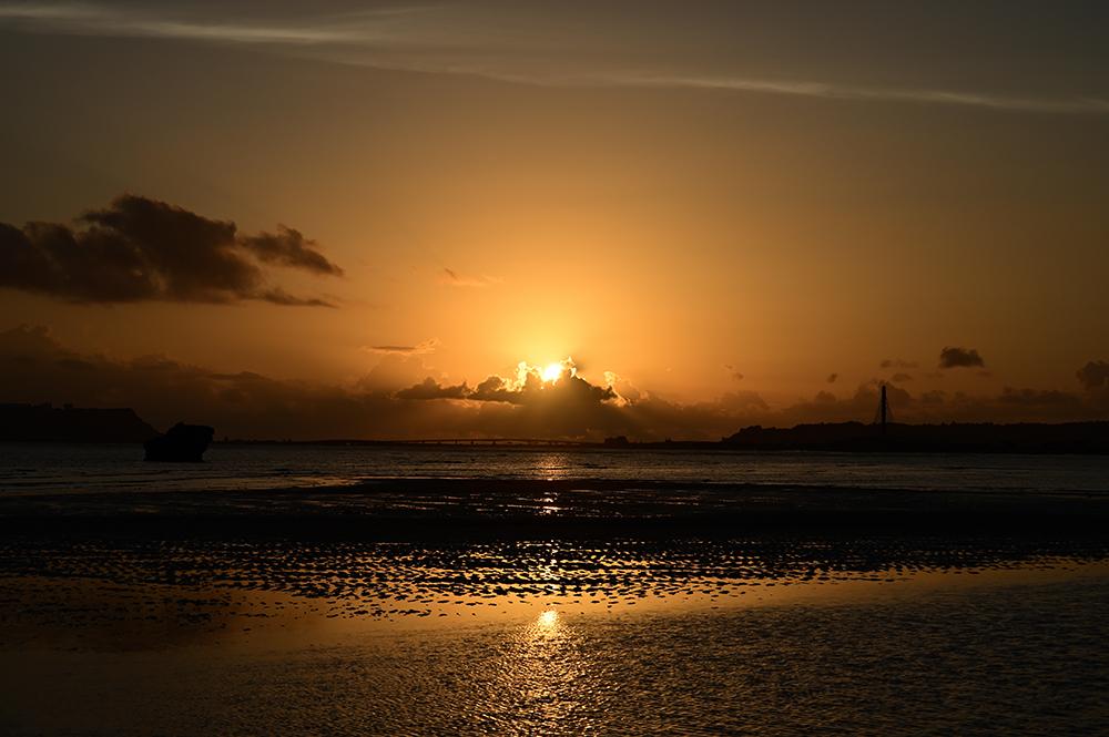 【画像】2021年10月2日の沖縄の朝日