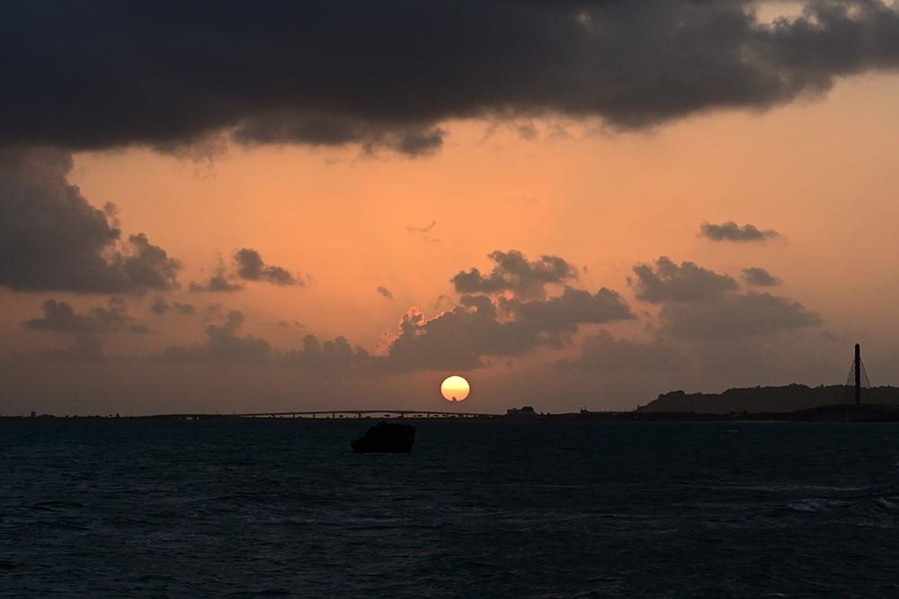 【画像】2021年10月5日の沖縄の朝日