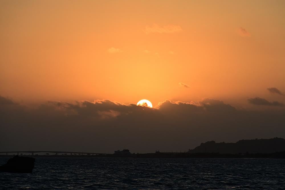 【画像】2021年10月8日の沖縄の日の出