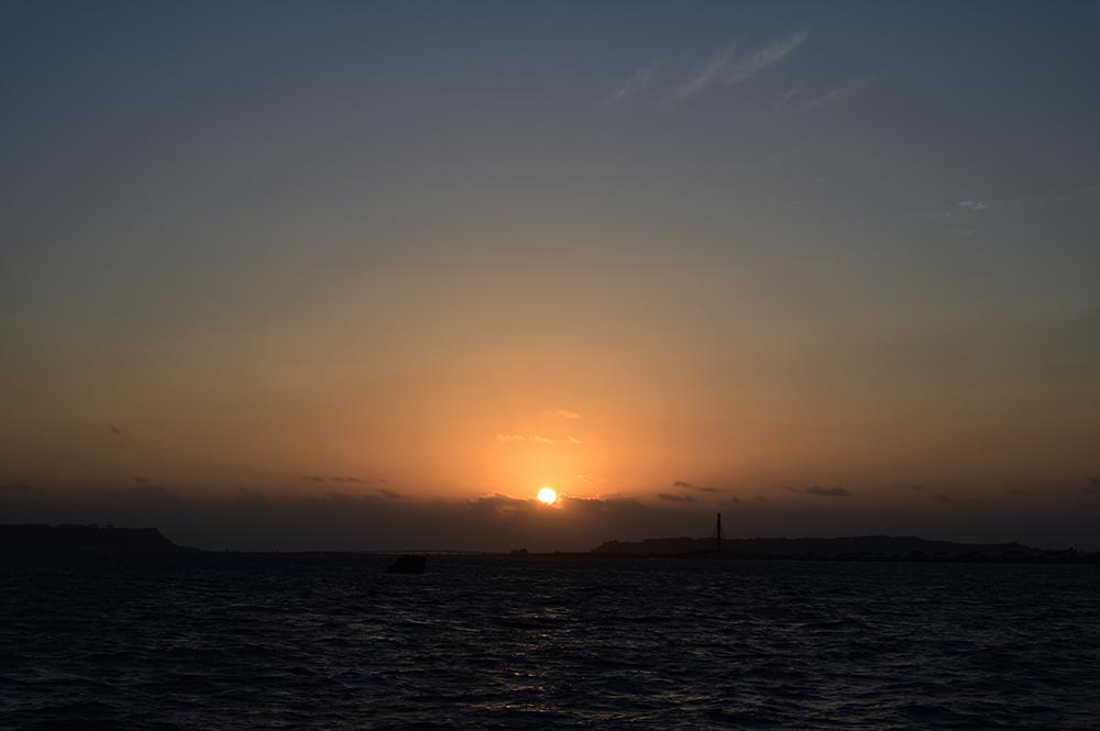 【画像】2021年10月8日の沖縄の朝日
