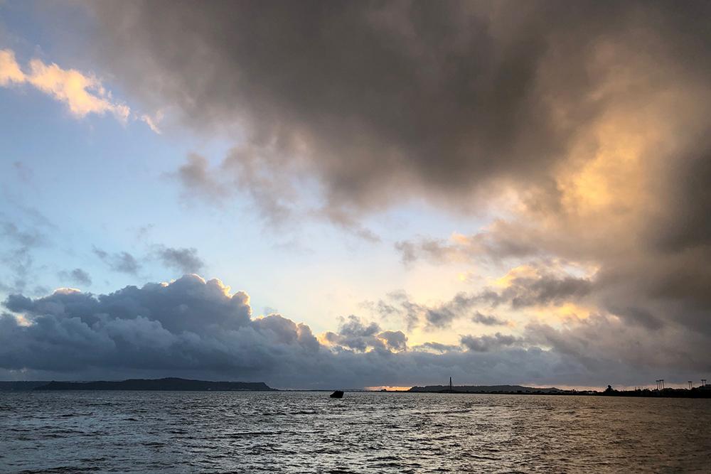 【画像】2021年10月9日の沖縄の朝空