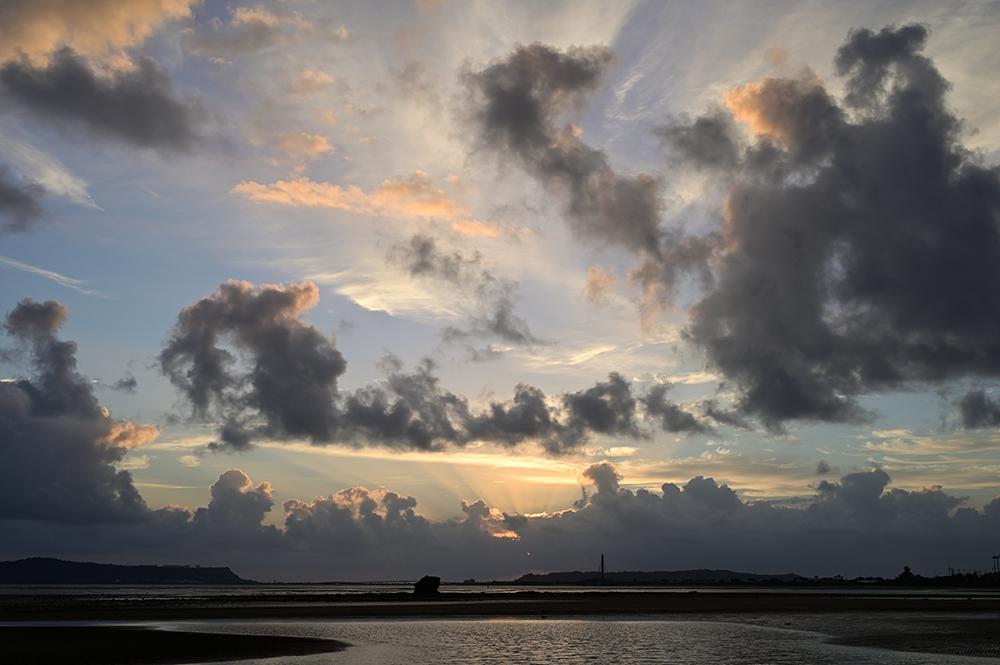 【画像】2021年10月14日の沖縄の朝焼け